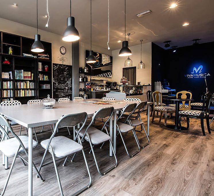 Il caffè letterario, il nostro spazio interculturale con molteplici iniziative.